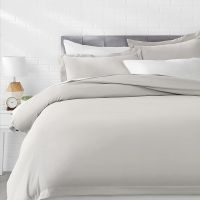 AmazonBasics Microfiber 3-Piece Quilt/Duvet/Comforter Cover Set - Queen, Light Grey - with 2 pillow covers