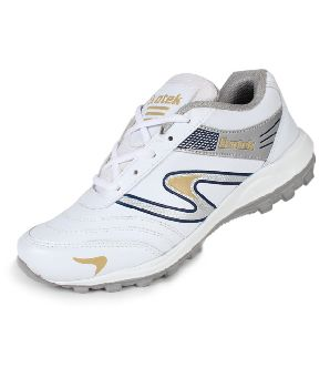 Evotek Mens / Boys Sport Shoes In White
